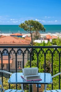 Hotel Villa Ombrosa terrazza libro